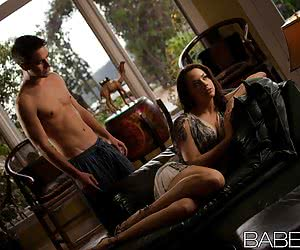 Category: chanel preston